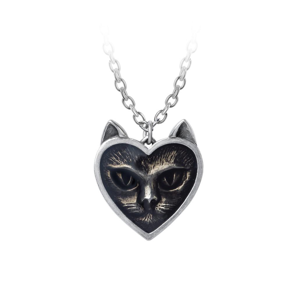 P884 - Love Cat Pendant