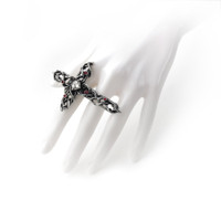 R192  - Thorny Cross Handspan Ring