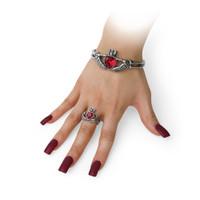 A114 - Claddagh By Night Bracelet