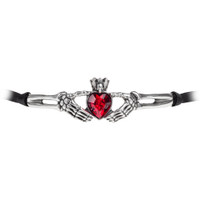 P781 - Claddagh By Night Choker
