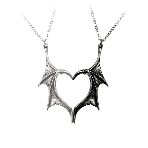 P851 - Darkling Heart Necklace