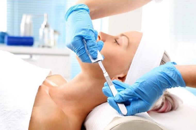 Epidermal Levelling With Peel & LED Treatment - 50 mins
