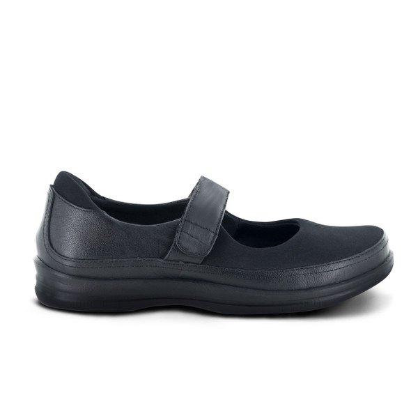 Apex Petals Miranda shoe qualifies for A5500.