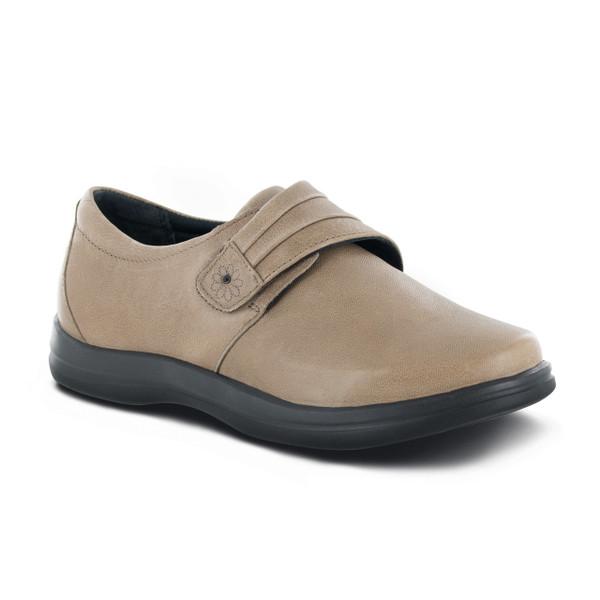 Apex Petals - Linda shoe qualifies for A5500.