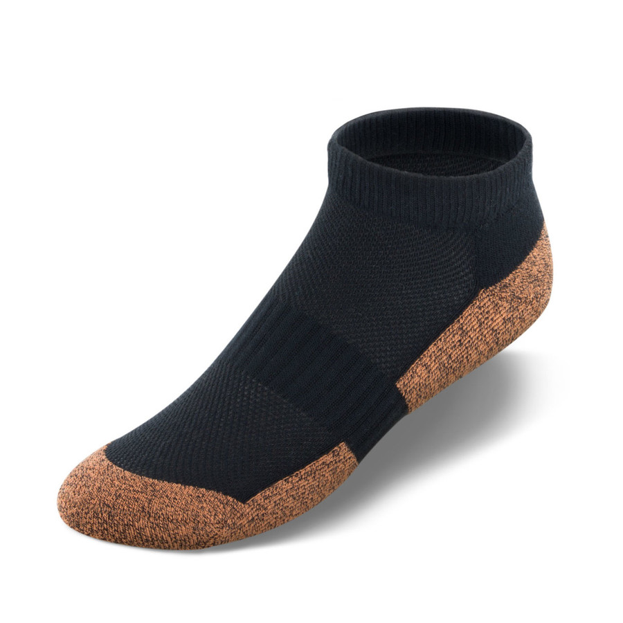 Copper Cloud no-show socks in black.
