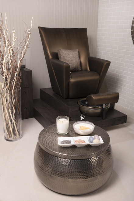 Elevate No-Plumbing Pedicure chair by Belava