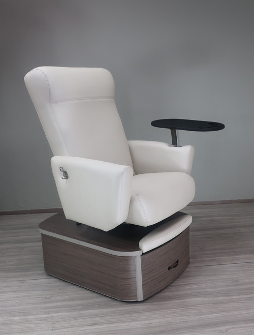 Plumbed Element Chair in Kimono Cirrus Upholstery by Belava