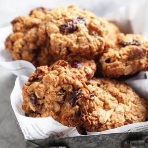 Organic Cranberry & Macadamia ANZAC Biscuits