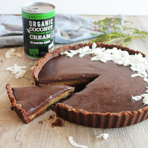 Rich Chocolate Tart with a Creamy Caramel Filling