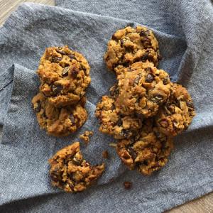 Flourless Peanut Butter Chickpea Cookies