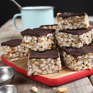 Peanut Butter Chocolate Slice with Crunchy Puffed Rice