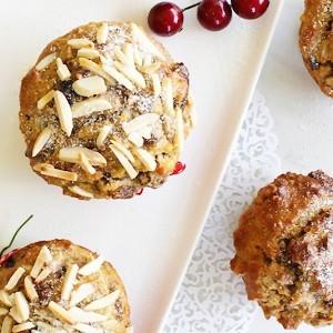 Gluten Free Christmas Cake Muffins
