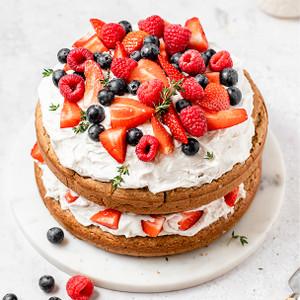 Almond Sponge Cake - Coconut Whipping Cream