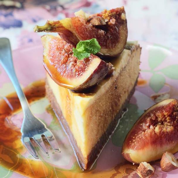 """Fresh Fig, Vanilla and Honey Raw """"Cheesecake"""""""
