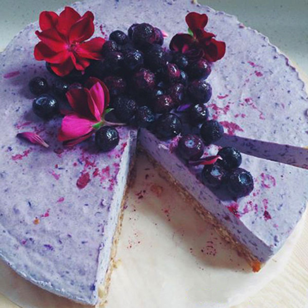 Raw Blueberry Cheesecake