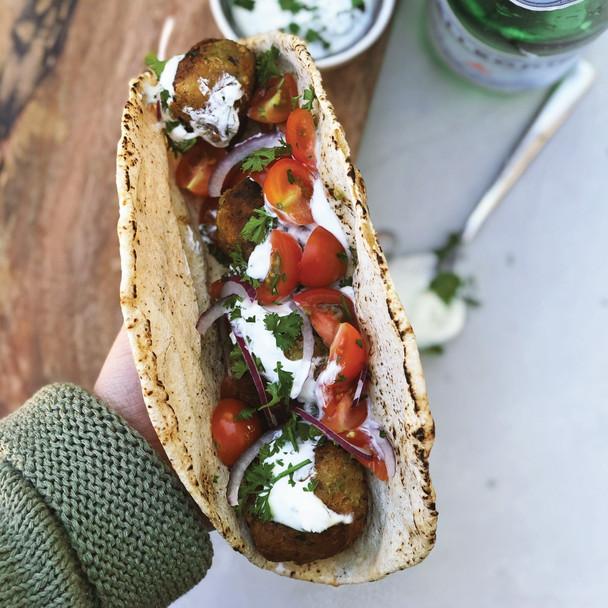 Falafel with Greek Yoghurt Sauce