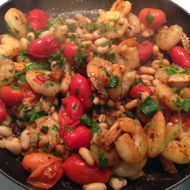 Chilli Garlic Prawns & Cannellini Beans