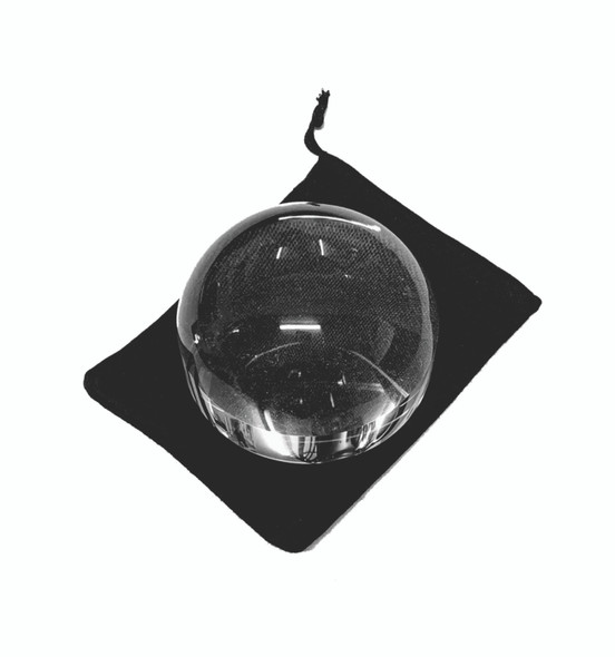 Acrylic dome magnifier with protective bag