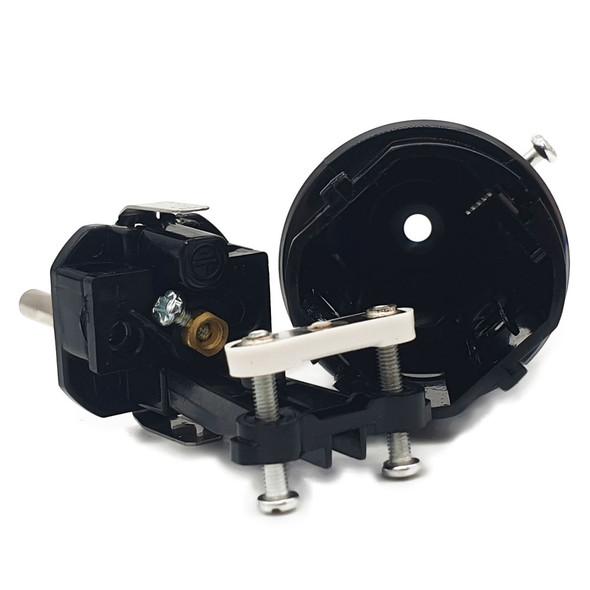 IP44 Rated weatherproof body Schuko plug inside view self wire