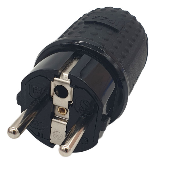 CEE 7/7 plug compatible with E and F front view