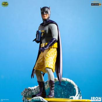 Iron Studios Batman Deluxe BDS Art Scale 1/10 - Batman 66 (in stock)