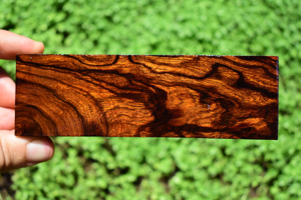 Desert Ironwood Block Bulk (1 3/4 x 1 x 5 1/2)