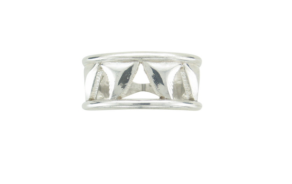 Sterling Silver Mens Shark Tooth Chasing Ring