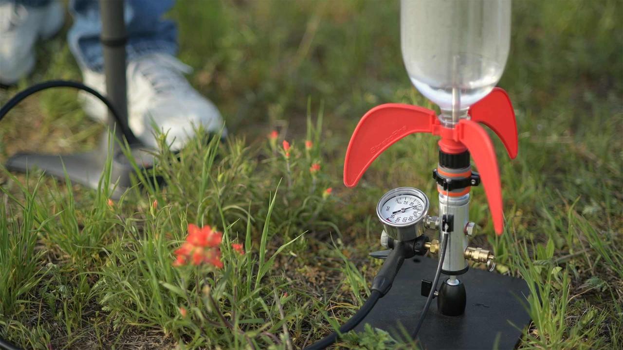 Pressurize Water Rocket