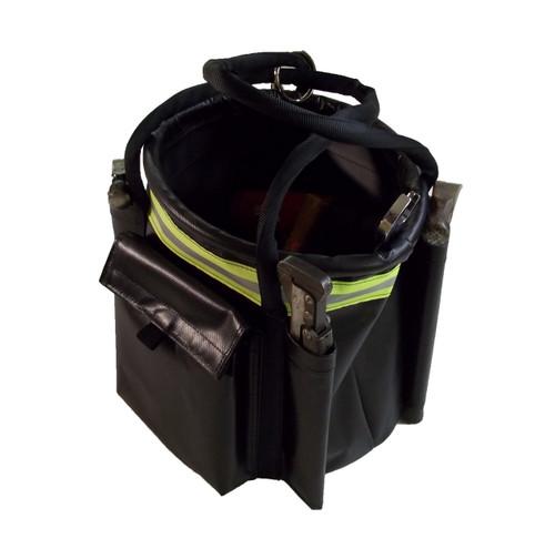 Hydrant Bucket Bag in Black