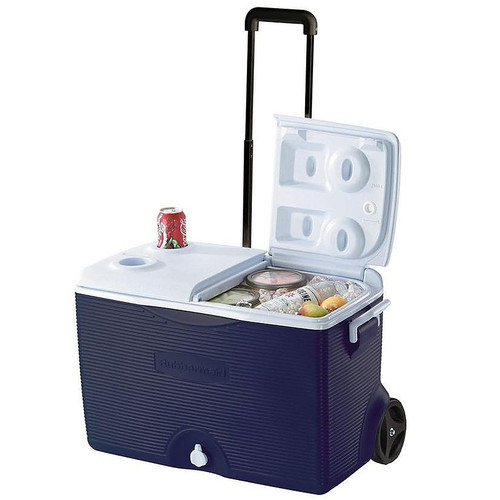 Rubbermaind 60 Qt. Wheeled Cooler