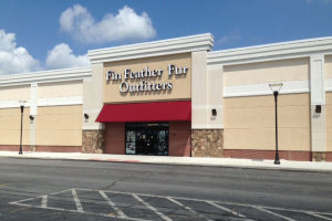 Fin Feather Fur Youngstown Ohio Storefront