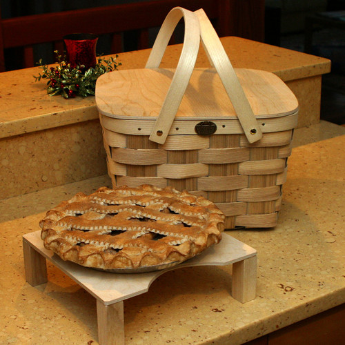 Peterboro Two-Pie Basket with Solid Lid and Tray