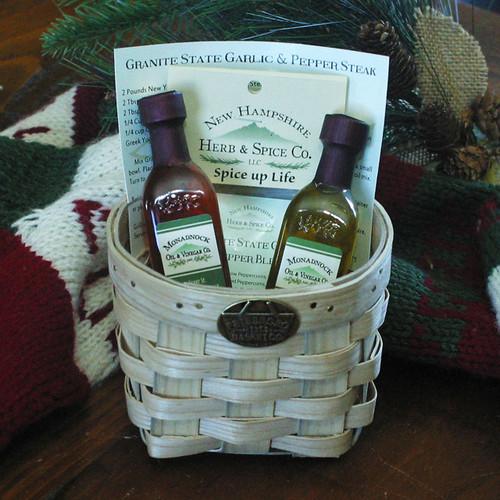 Peterboro Oil & Vinegar Spiced Gift Basket