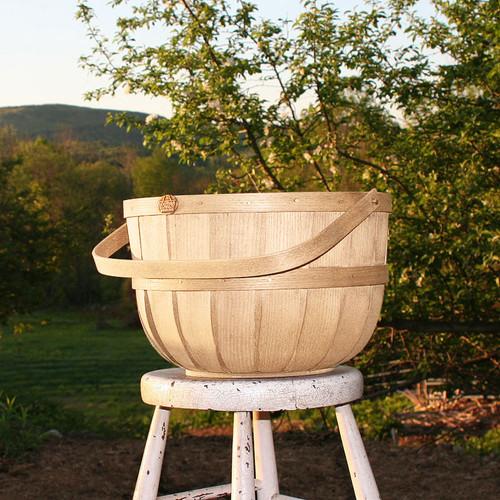 Peterboro New England Half Bushel Basket - Naturally