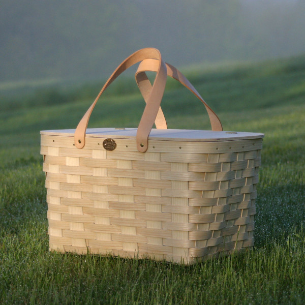 Peterboro Traditional Picnic Basket with Genuine Leather Handles