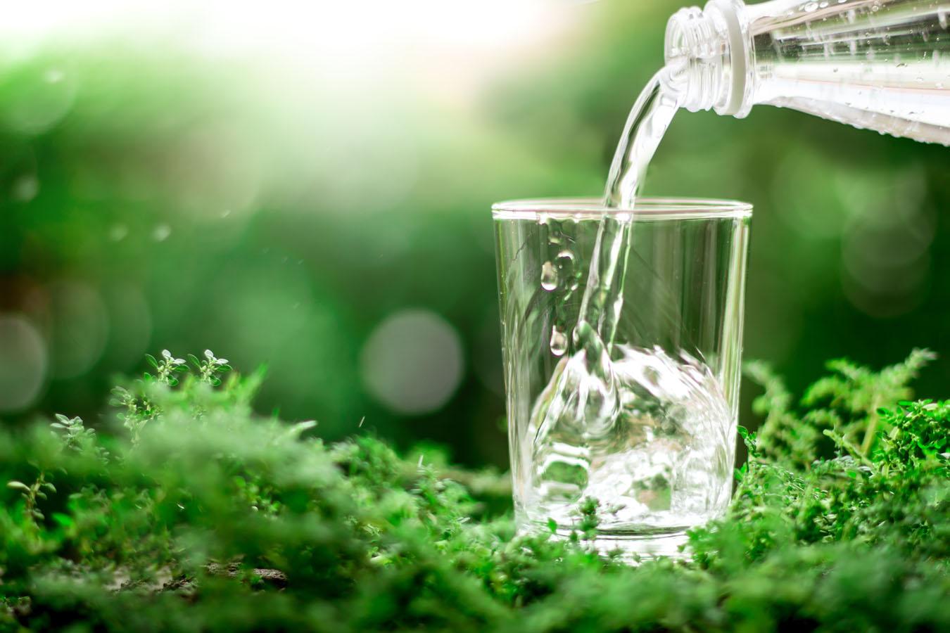glass-of-water-in-greens-1350.jpg