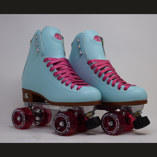 Slightly Used Moxi Beach Bunny Sky Roller Skates | Mens 6 (Ladies 7)