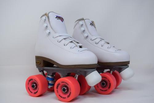 Slightly Used Sure-Grip Fame Indoor Roller Skates   White, J12