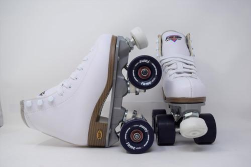 Slightly Used Sure-Grip Fame Indoor Roller Skates   White, Youth 01