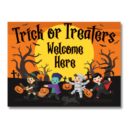 Halloween Trick or Treaters Welcome Yard Sign with kids