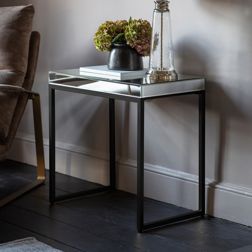 THE DALLAS BLACK SIDE TABLE