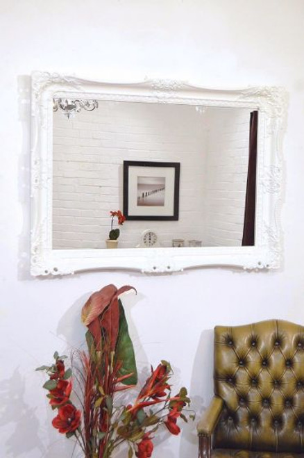 THE WHITE BELGRAVIA MIRROR