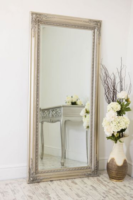 THE SILVER FRENCH CLASSIC MIRROR