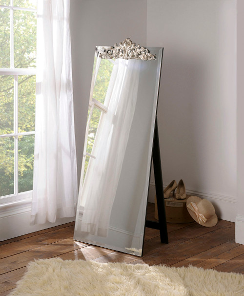 THE LOWNDES DRESSING MIRROR