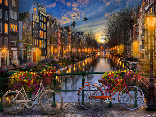 Amsterdam Aglow - 550pc Jigsaw Puzzle by Vermont Christmas Company