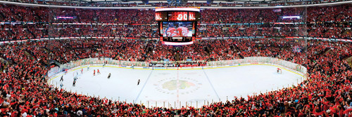 NHL: Chicago Blackhawks - 1000pc Panoramic Jigsaw Puzzle by Masterpieces