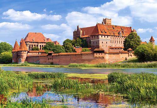 Hard Jigsaw Puzzles - Malbork Castle, Poland