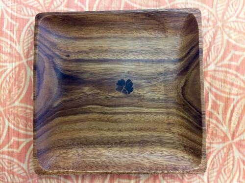 Tropeco® Monkeypod Wood Medium Square Plate with Hibiscus heat stamp design