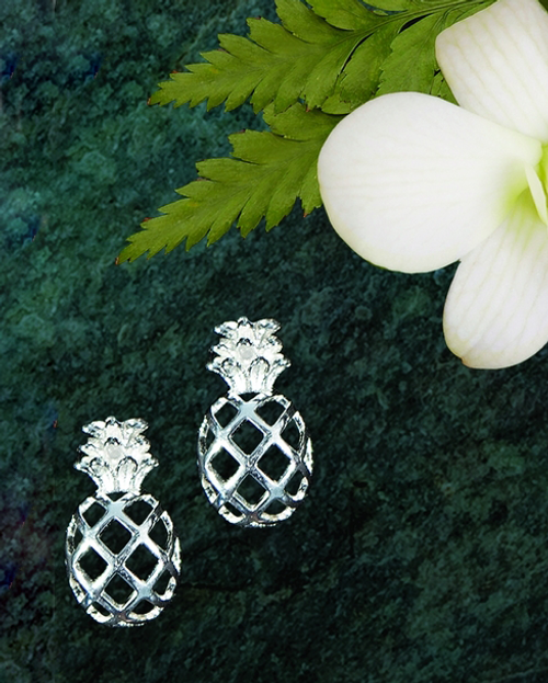 Ku'uipo Sterling Silver Pineapple Lattice Earrings