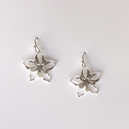 Liv-N-Aloha® Silver Columbine Earrings